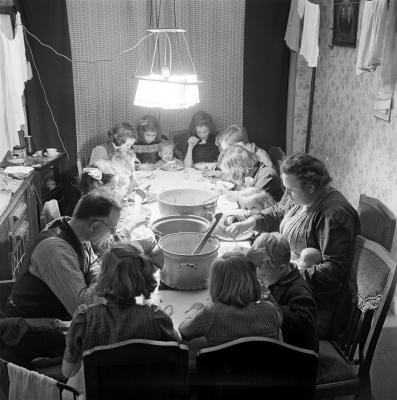 GoudenjarenGroot gezin (fotoSem Presser)
